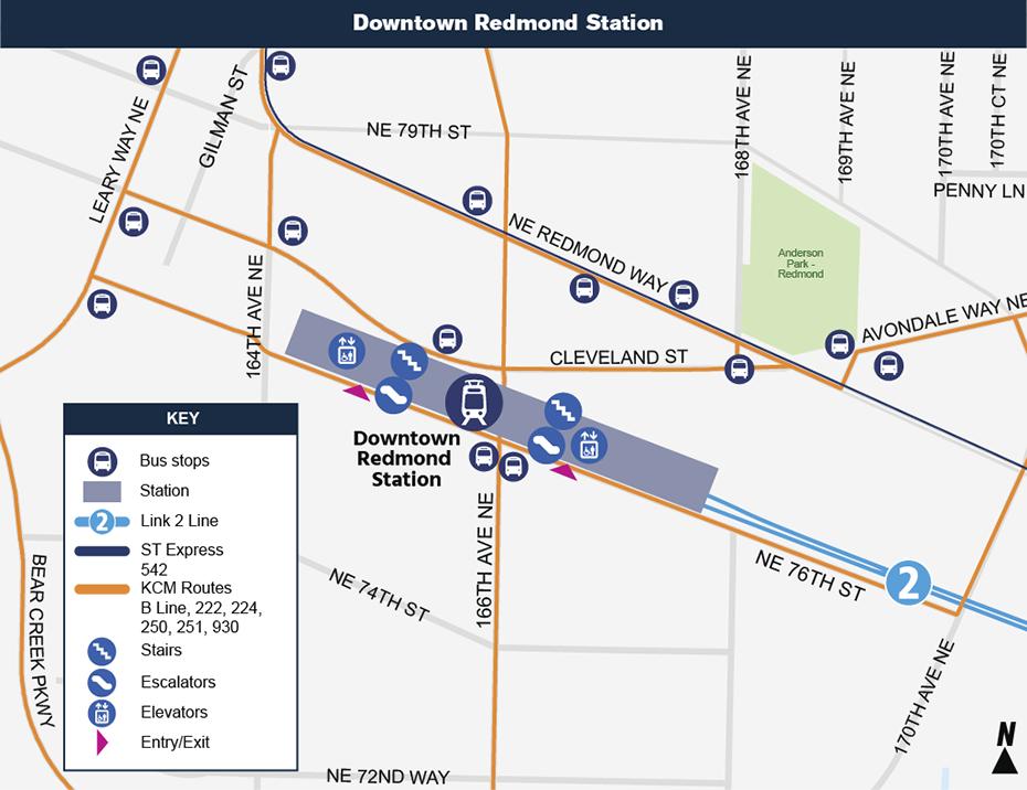 Bản đồ địa điểm này cho thấy vị trí của ga Downtown Redmond đối với khu vực trung             tâm thành phố xung quanh, nêu ra các đường phố lân cận, trạm xe buýt             và các lộ trình được đề nghị sẽ phục vụ khi mở cửa.